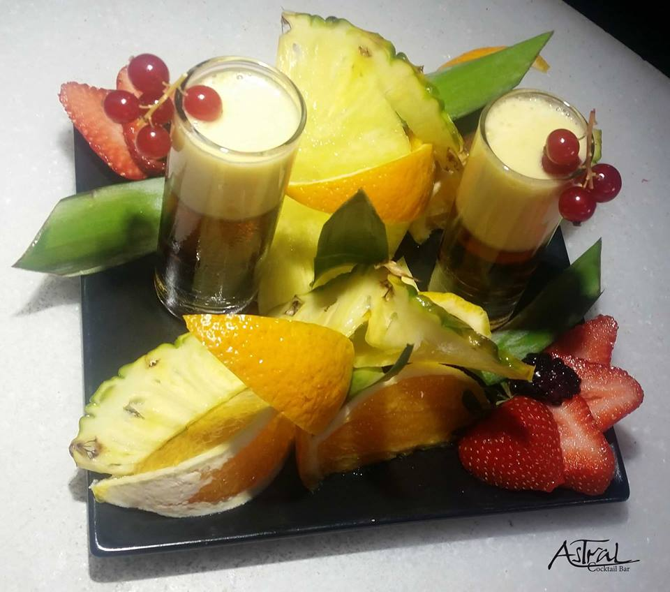 Fruits, Cocktails...Just Astral!